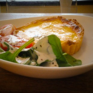 Quiche_salad